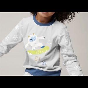 3/$15 ☘️ Wonder Co. Kids Yeti Pajama Top